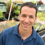 Javier Garces Named Outstanding Educator by Florida Nursery, Growers and Landscape Association